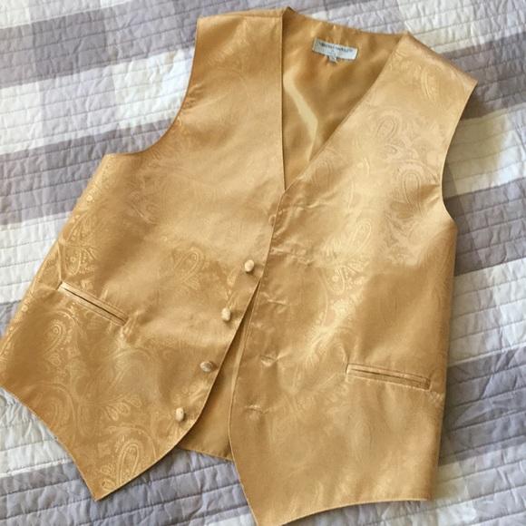 🌞 men's gold vest
